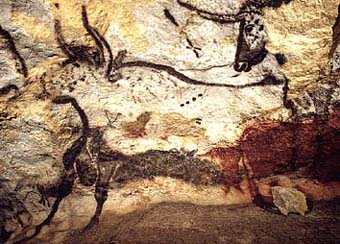 The cave paintings of Lascaux were done in the Upper Old